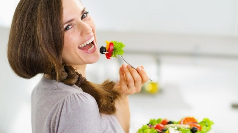 The Beginner's Help Guide To Natural Dieting: The Way I Made The Transition From Harmful Dietary Fads!